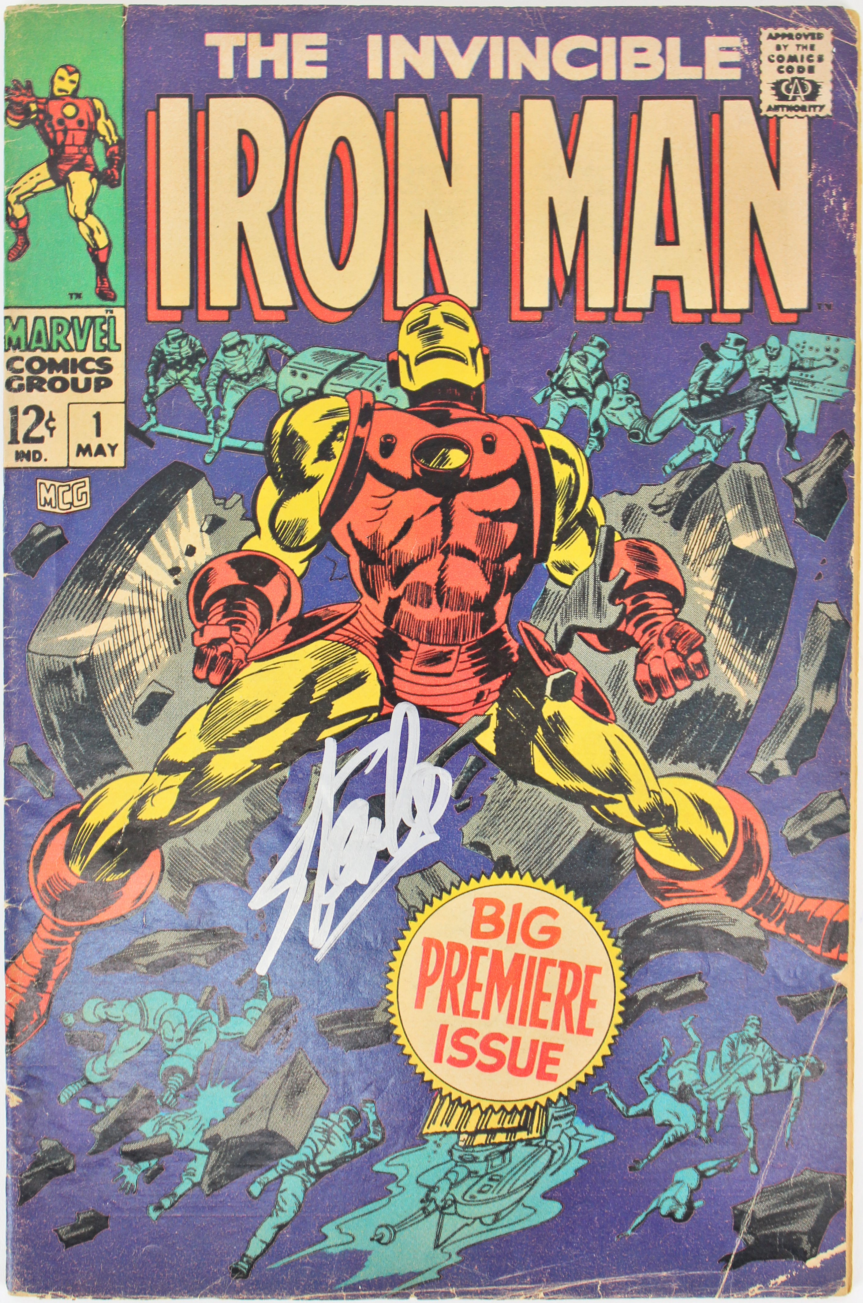 Stan Lee Authentic Signed The Invincible Iron Man #1 Comic PSA/DNA Itp #6A20968