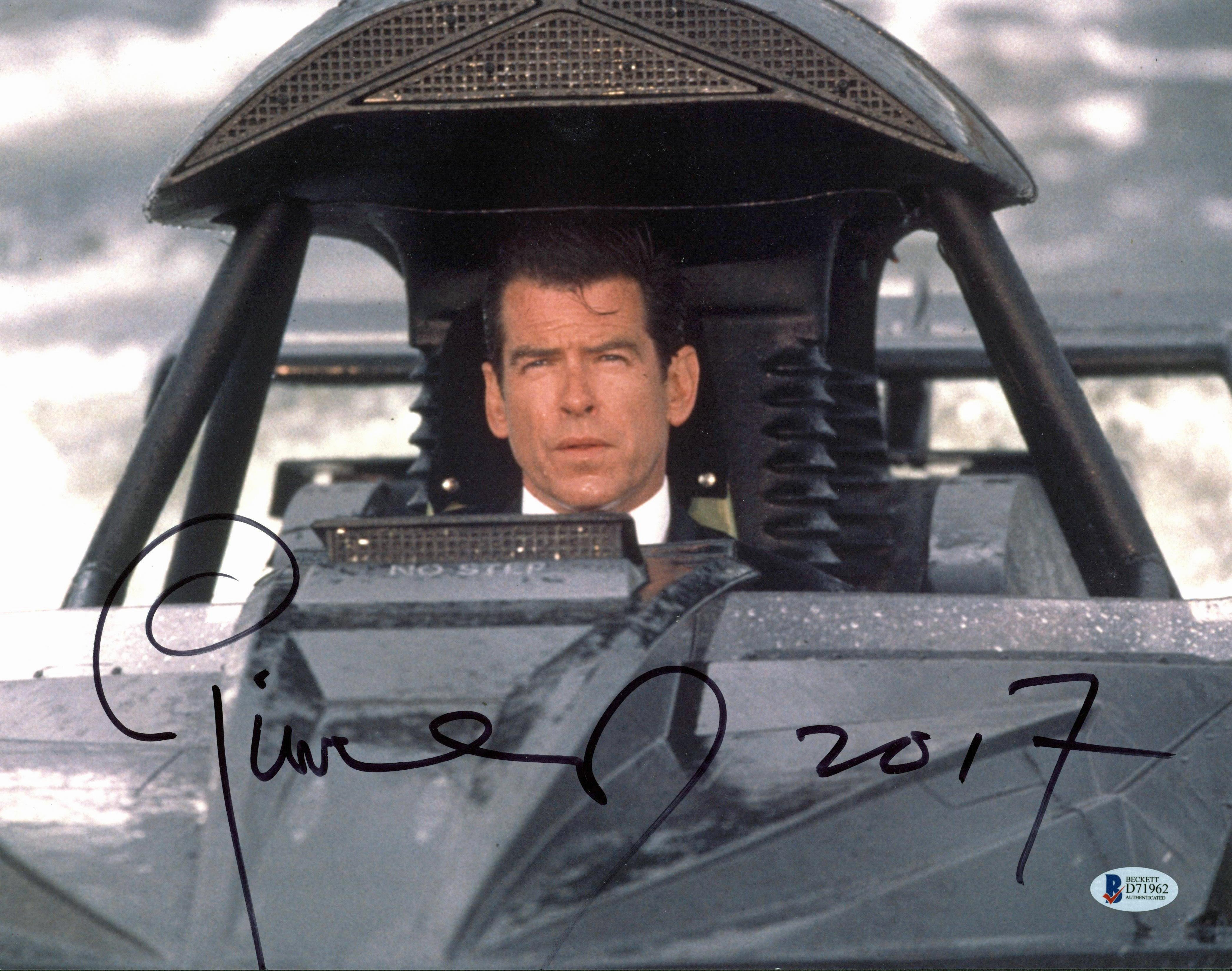 Pierce Brosnan James Bond 007 Authentic Signed 11x14 Photo BAS #D71962