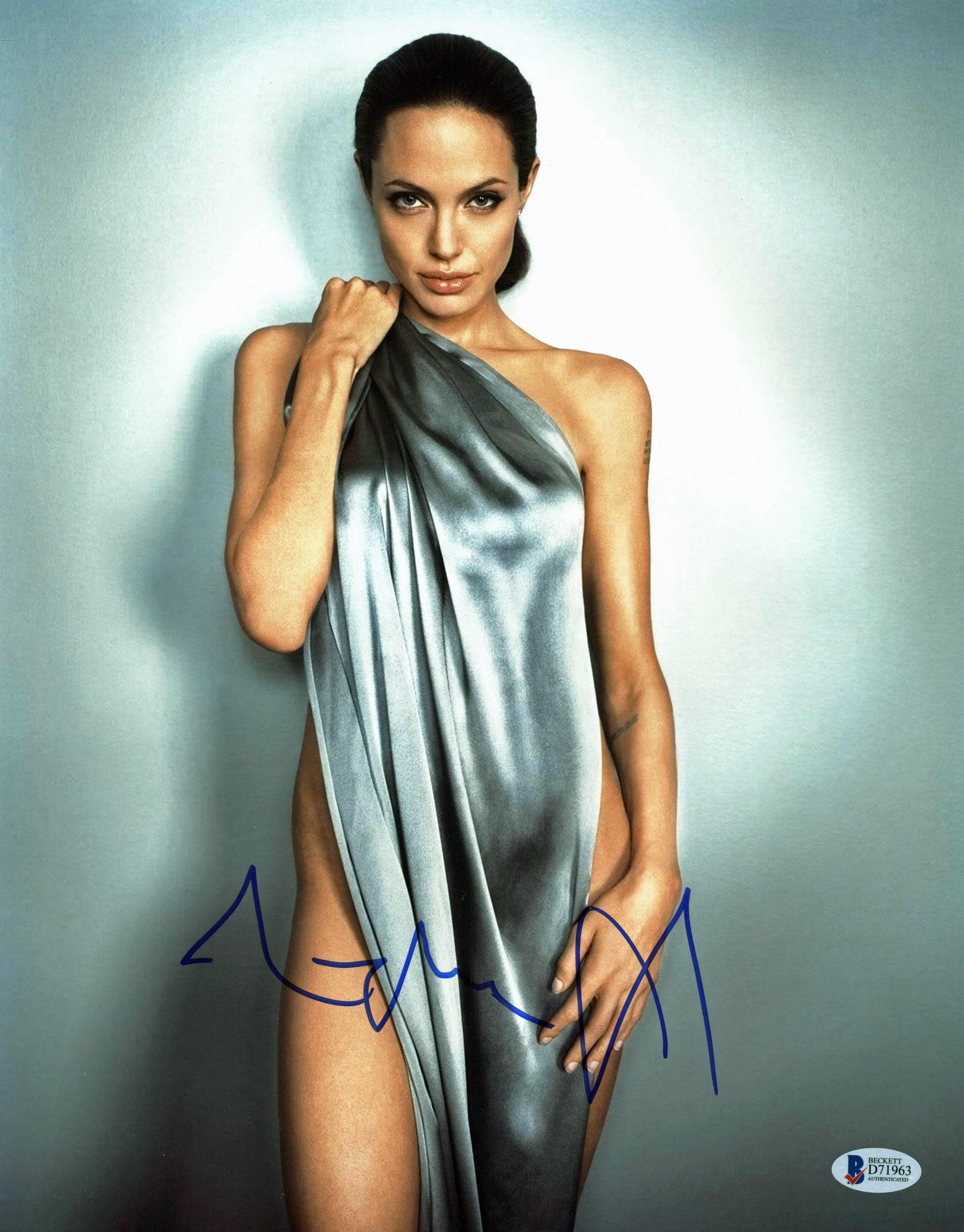 Angelina Jolie Sexi Movie $164.99 - angelina jolie sexy authentic signed 11x14 photo